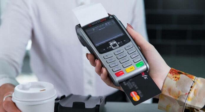 Qual a melhor máquina de cartão com menor taxa